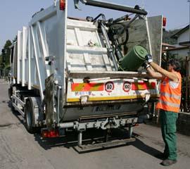 rifiuti_conferimento_camion