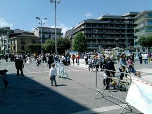 bimbi-in-piazza2