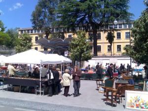 mercatino-via-roma