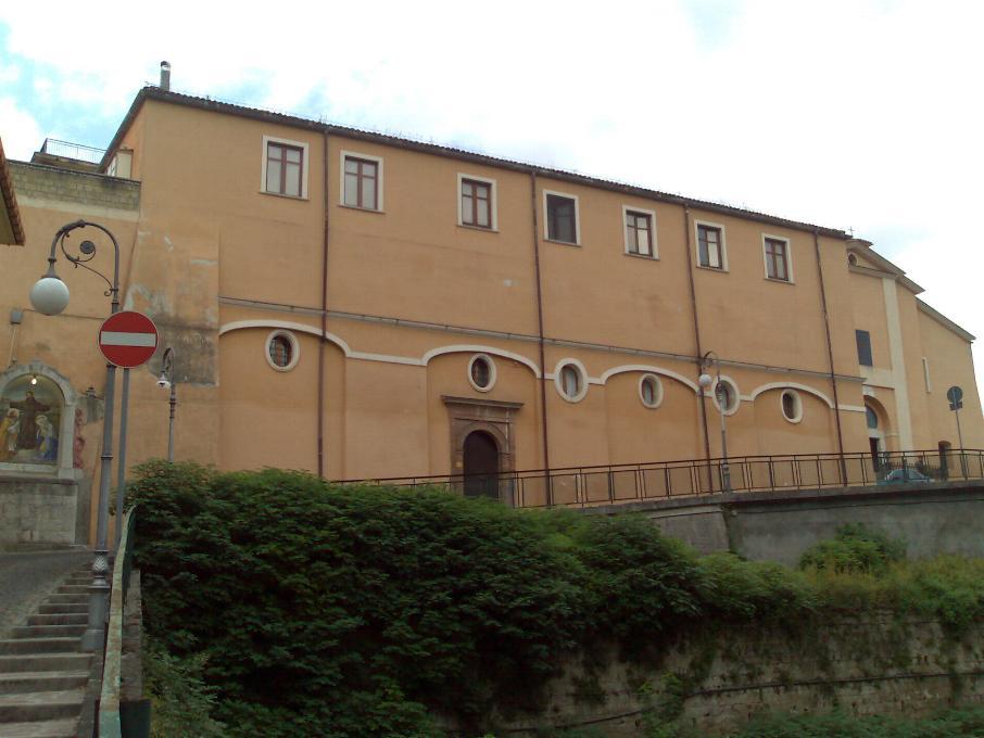 Un museo archeologico nel convento di san pasquale con la for Interno a un convento