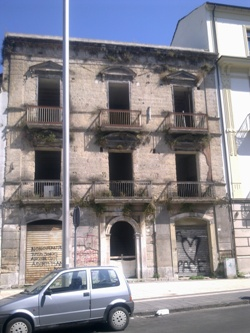 palazzo piazza Umberto
