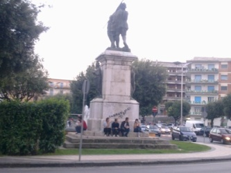 monumento-ai-caduti1
