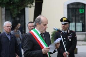 sindaco1-con-fascia-tricolore-discorso
