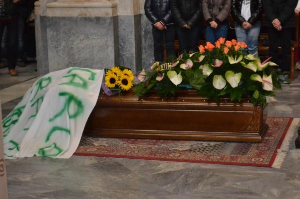 funerale-imbimbo-feretro