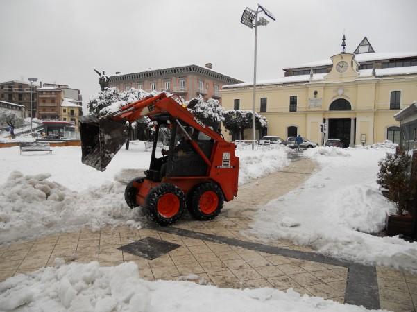 emergenza-neve-gli-interventi-di-spazzamento