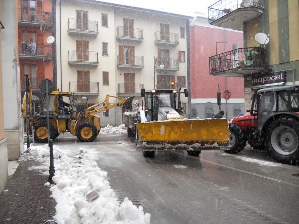 intervento-rimozione-neve-via-roma3