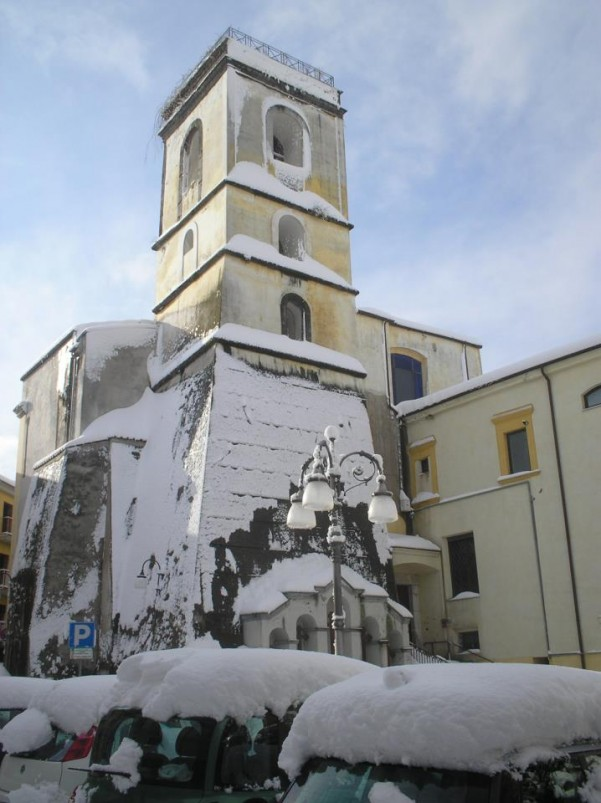 neve-campanile-chiesa-madre