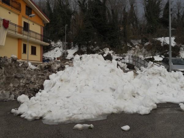 neve-parcheggio-invaso-via-tiratore2