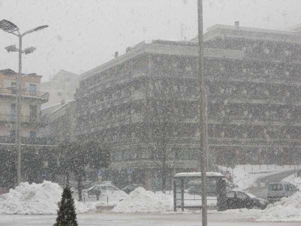 nevica-di-nuovo-12-febbraio-2012