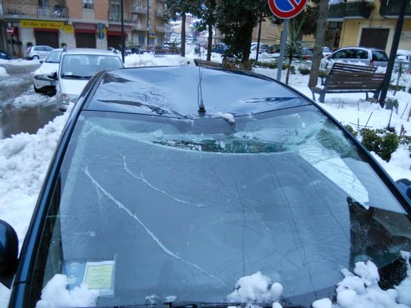 nevicata-auto-danneggiata1
