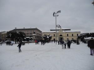 nevicata-piazza-umberto-i