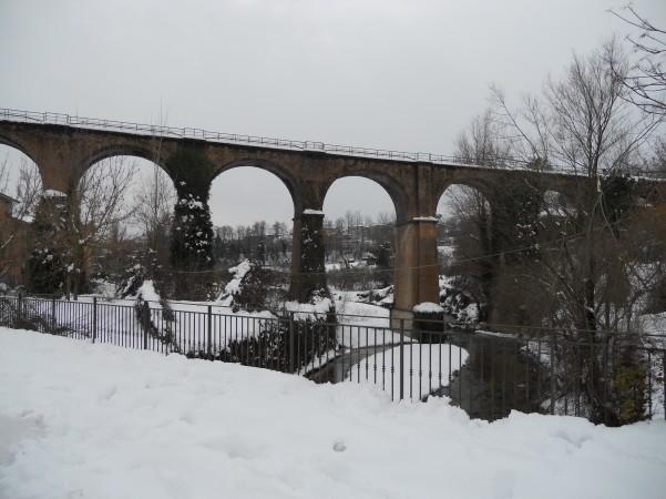 nevicata-ponte-treno