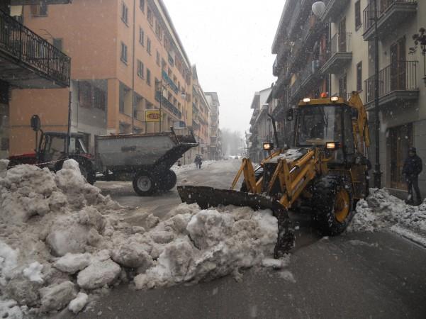 rimozione-neve-in-via-roma5