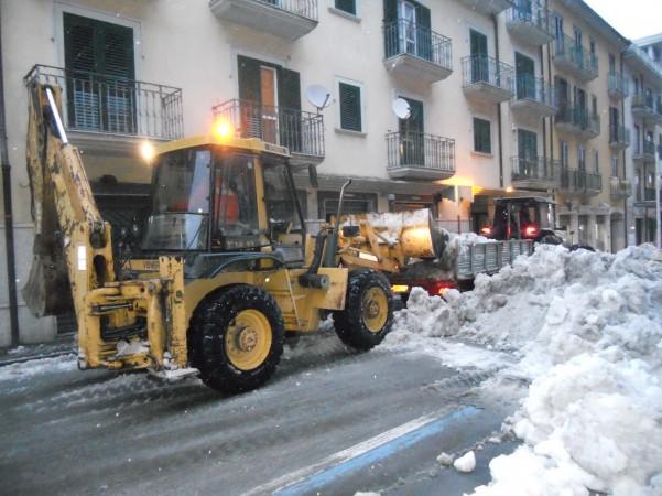 rimozione-neve-via-roma1