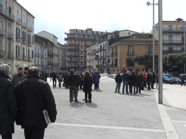elezioni-riunioni-in-piazza-umberto-i