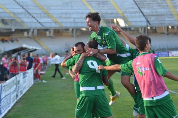 avellino-sambenedettese-coppa-esultanza-2c2b0-gol1
