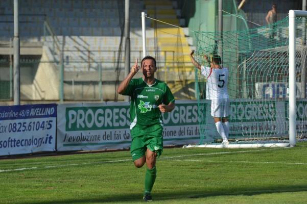 avellino-sambenedettese-esultanza-goal