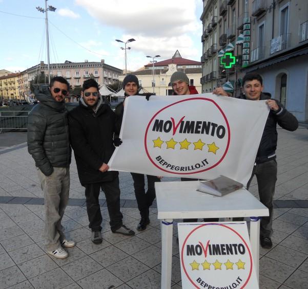 Gli attivisti del movimento 5 stelle di atripalda for Movimento 5 stelle camera
