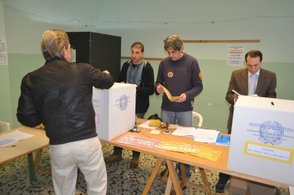 seggi-politiche-2013-via-manfredi-9