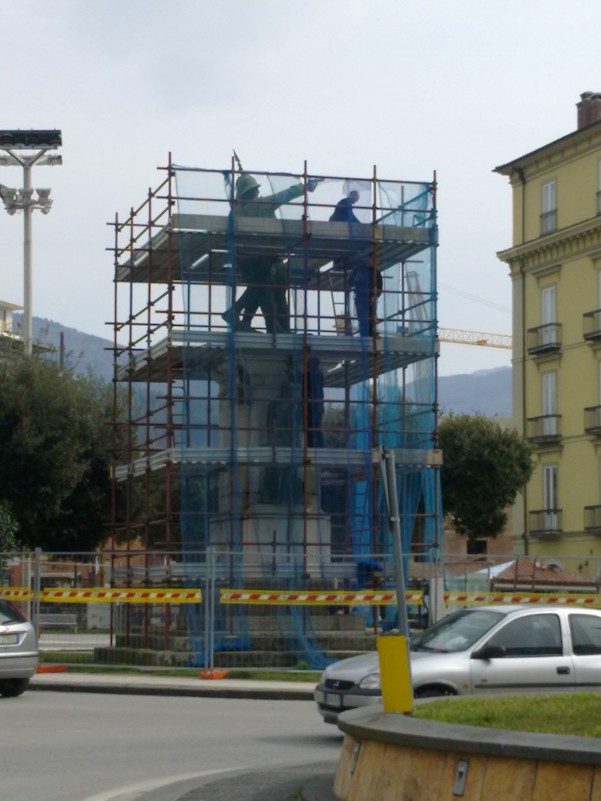 restauro-monumento-ai-caduti3