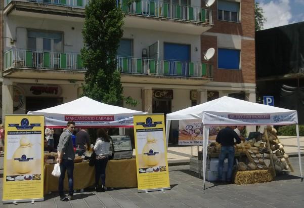 mercatino-in-piazza3