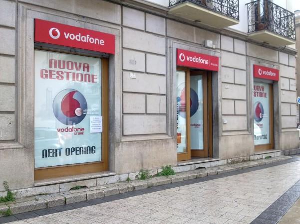 negozio-vodafone-foto1
