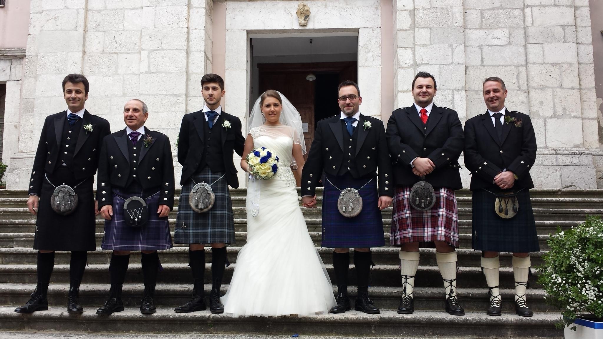 Matrimonio In Kilt : Atripalda news cultura da edimburgo ad per