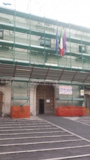 municipio-transennata-facciata