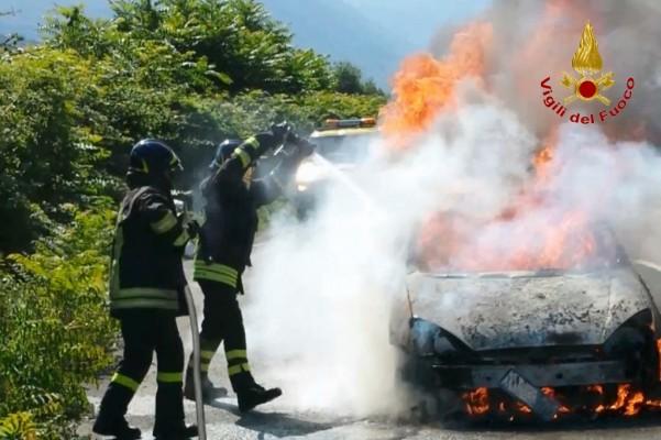 incendio-autovettura-atripalda-12