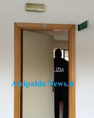 Blitz al Comune, polizia nelle stanze