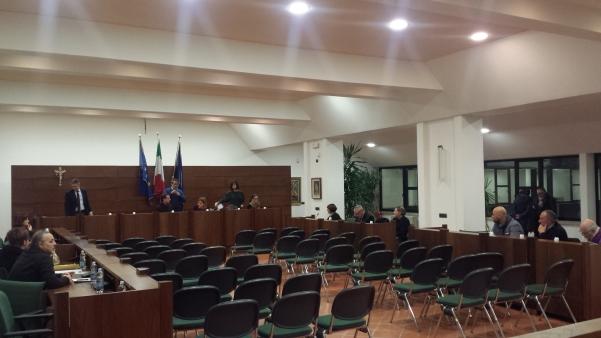 Consiglio comunale, scontro Pacia-Curto1