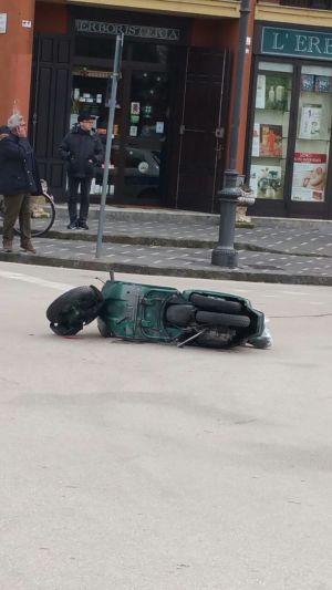 Incidente incrocio via Aversa-via Fume2