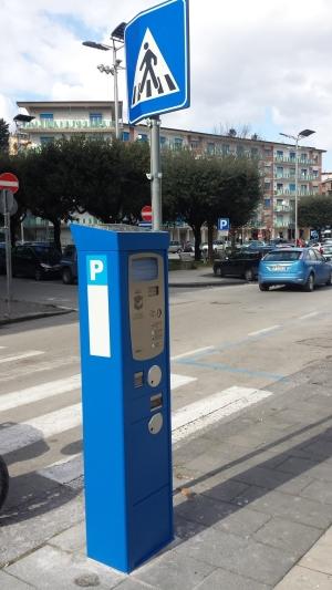 Parcometri, in piazza Umberto