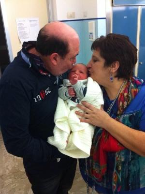 Tommaso Giardina con i nonni