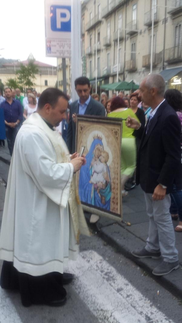 Alzata pannetto Madonna del Carmine 1