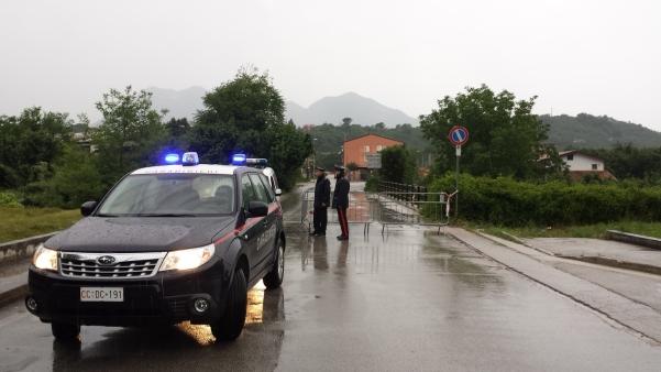 Maltempo giugno 2015 6 via Ferrovia chiusa carabinieri