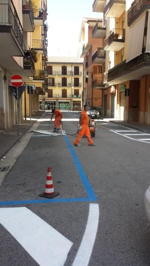 Strisce blu in piazza Cassese1