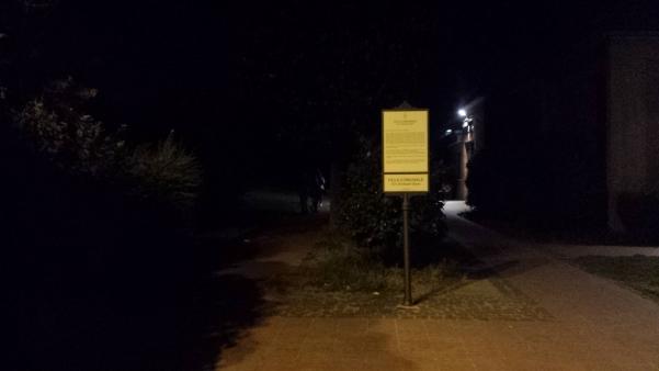 Villa comunale al buio