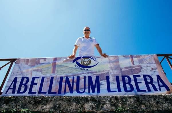 Abellinum libera, striscione