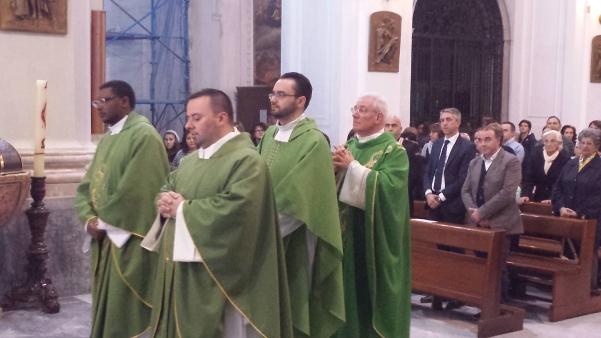 Don Enzo saluta Atripalda6