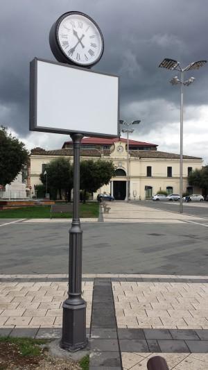 Nuovo arredo in piazza Umberto