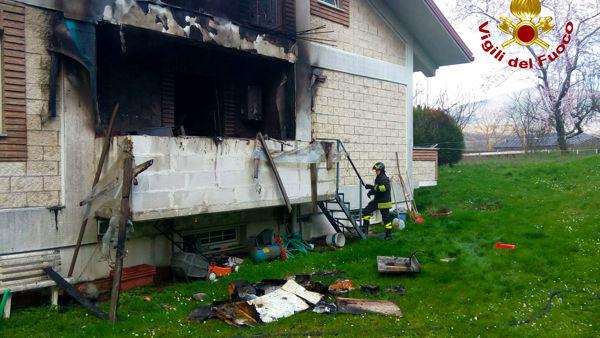 Incendio abitazione Atripalda-2