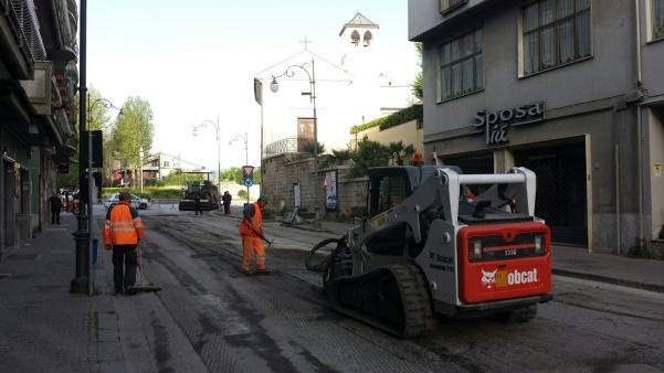 Lavori strade via Roma3