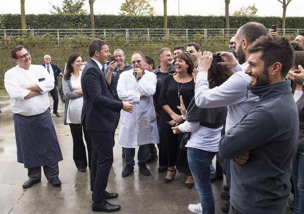 renzi-visita-lazienda-feudi-di-san-gregorio-avellino-1