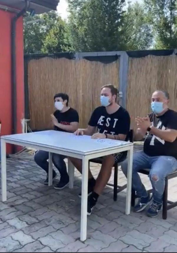 I giovani dell'Associazione culturale Alvanite fanno una parodia del Consiglio comunale di Atripalda dopo il flop dei progetti per il quartiere.